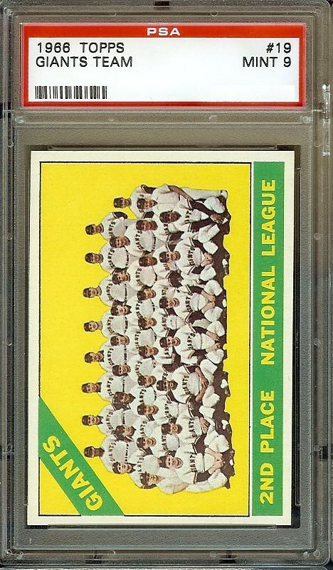 1966 Topps #19 San Francisco Giants Team PSA 9 mays mccovey